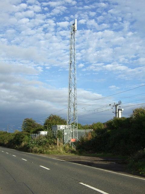 Communications mast beside the East Coast Main Line
