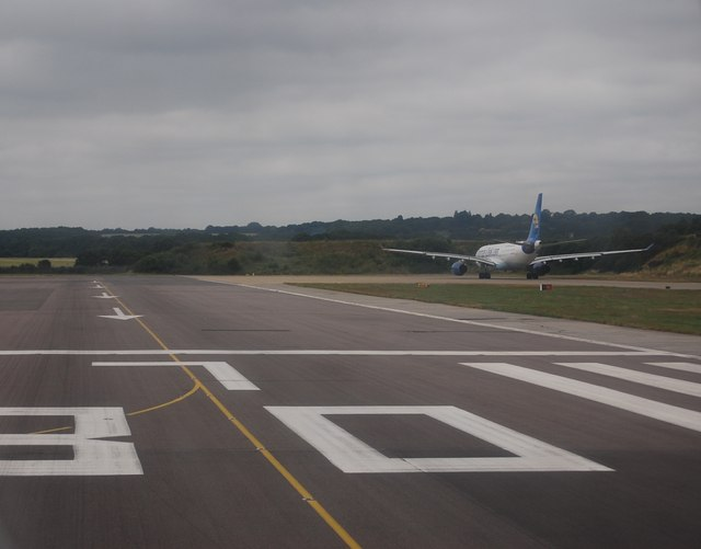 Taxiway, Gatwick