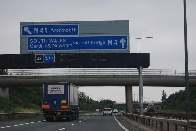 B4055 Bridge, M4