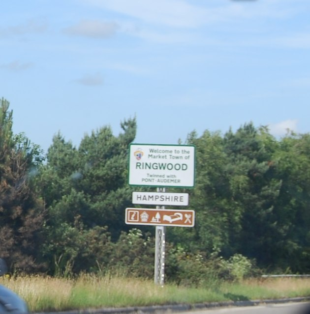 Hampshire border, A31