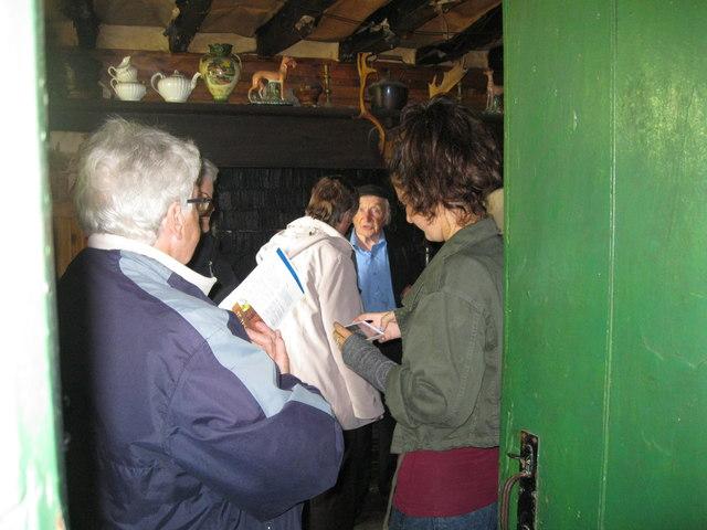 Gerald yn adrodd hanes Hedd Wyn - Gerald telling the story of Hedd Wyn