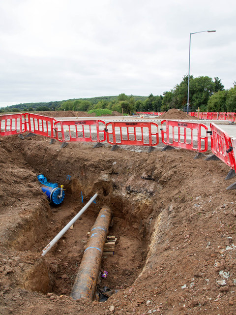 Work continues on A429 roundabout