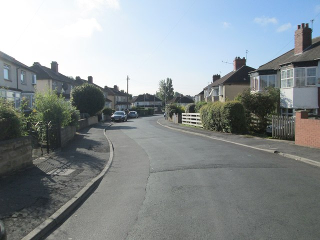 Upland Grove - looking towards Upland Road