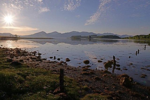 Shoreline of Loch Laich