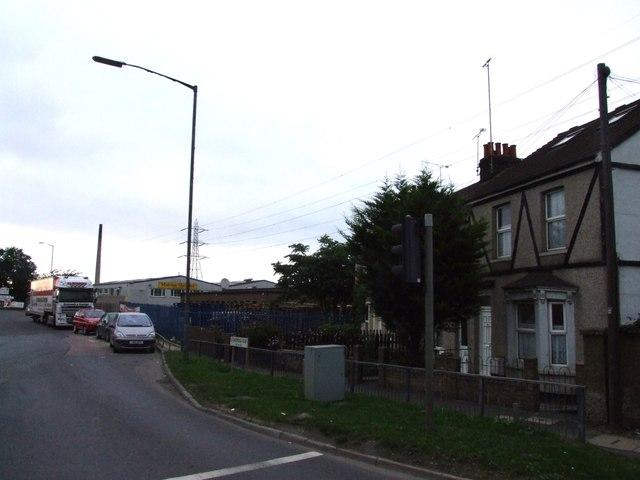 Junction of Stonebridge Road and Lower Road, Northfleet