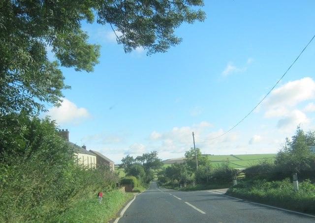 Hedleyhill Lane passing Wood View Farm