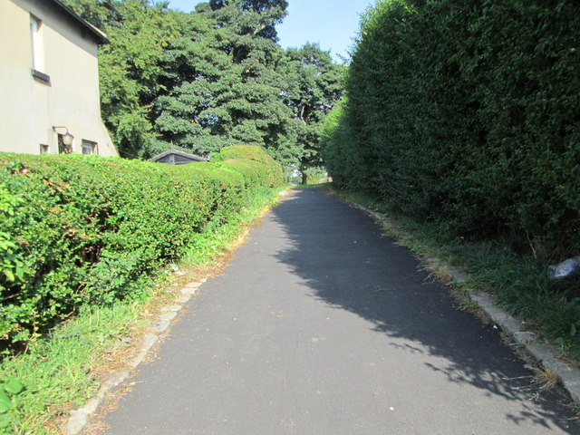 Footpath - Easterly Avenue