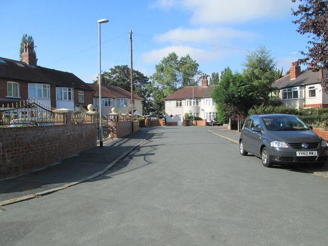 Gipton Wood Grove - Gipton Wood Crescent