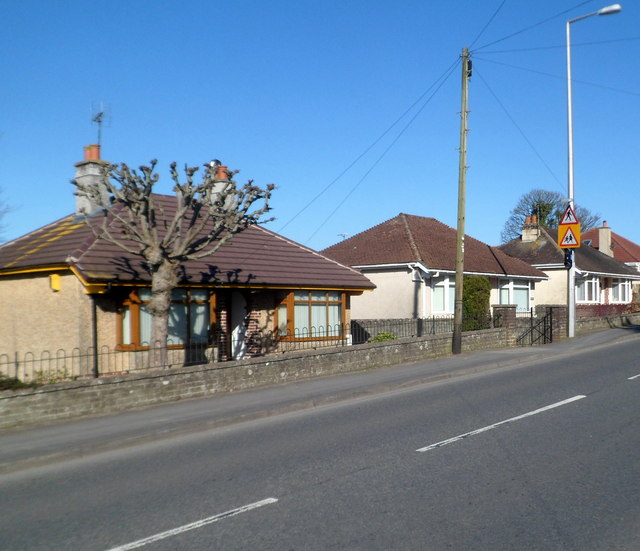 Holyhead Road bungalows, Llanfairpwllgwyngyll