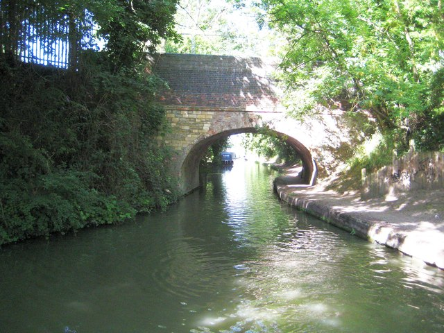 Grand Union Canal: Bridge Number 69