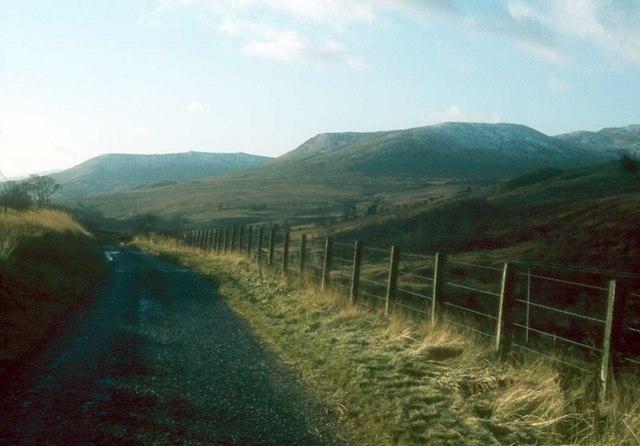 The quiet side road up Glen Artney