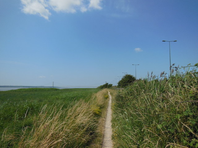 The Trans Pennine Trail towards Hessle