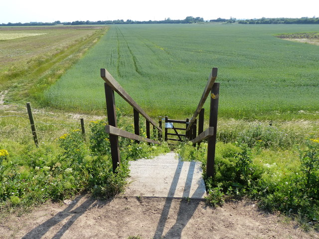 Public footpath to Crawford's Farm