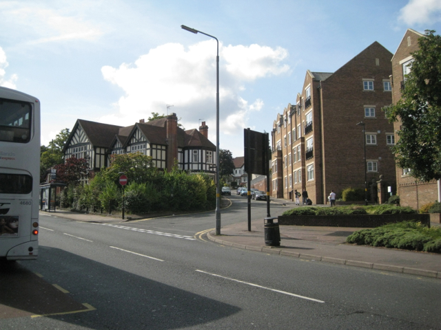 Manor Hill joins Birmingham Road