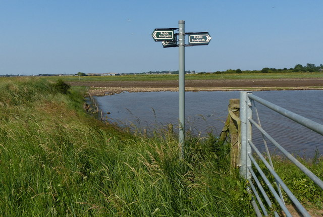 Finger post and gate along the Macmillan Way footpath