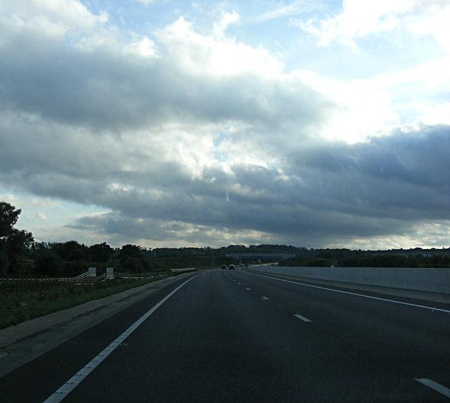 A421 looking towards the Lidlington Bridleway Bridge