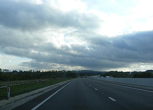 A421 approaching the Lidlington Bridleway Bridge