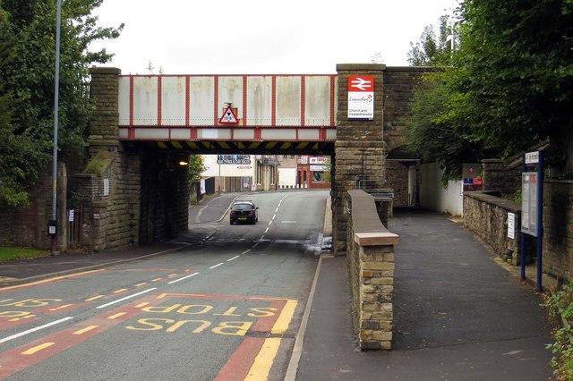 Railway bridge over Union Road