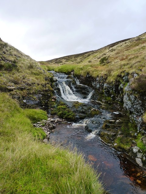 A small waterfall on the Allt Damh Dubh