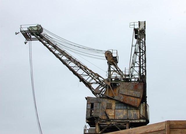 Battersea Power Station crane