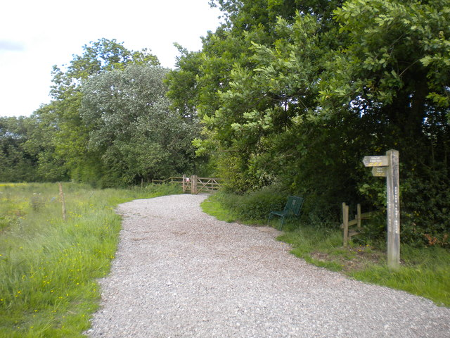 Path to Tittesworth Reservoir dam