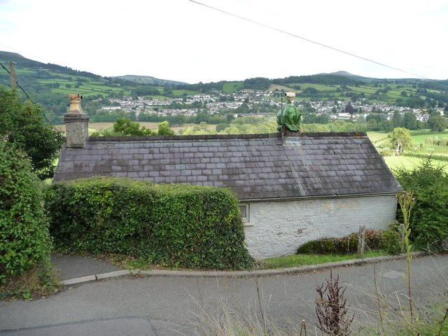 House below the road at Dardy
