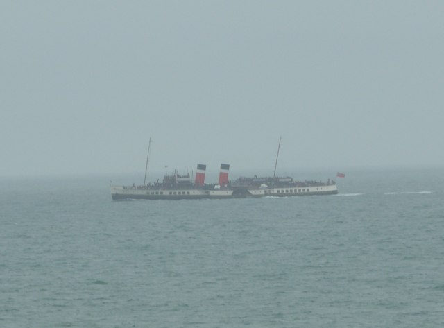 The Waverley glimpsed from Shippards Chine