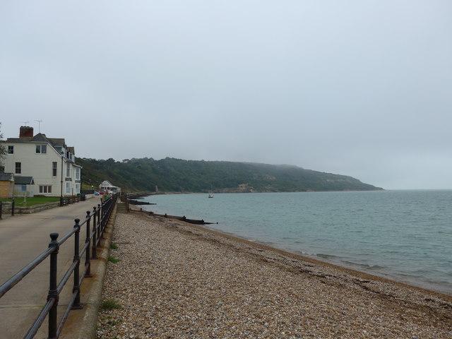 Totland beach: September 2013