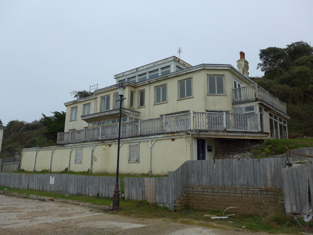 Derelict building on The Promenade
