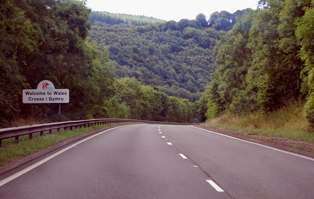 A40 Welcome to Wales