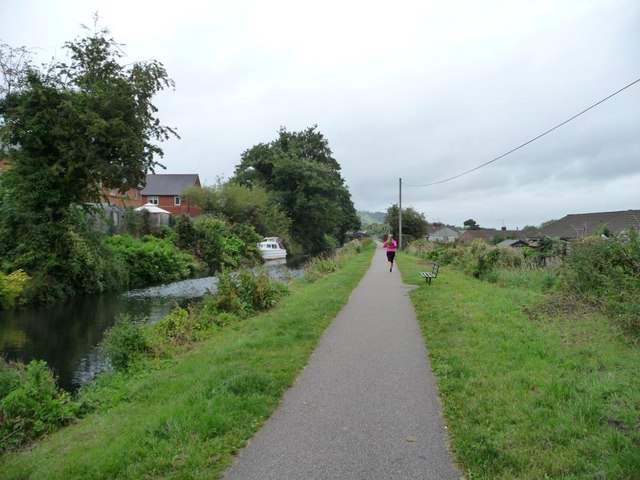 Jogger on the Mon & Brec canal towpath