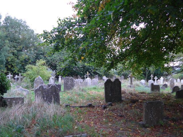 All Saints, Freshwater: churchyard (5)