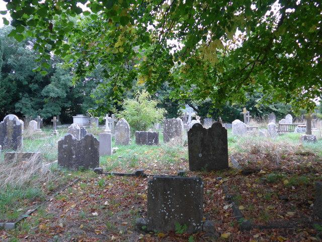 All Saints, Freshwater: churchyard (7)
