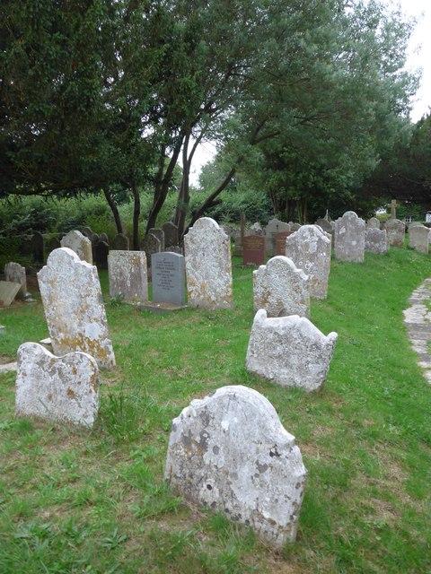 All Saints, Freshwater: churchyard (14)