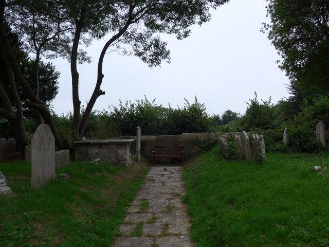 All Saints, Freshwater: churchyard (15)