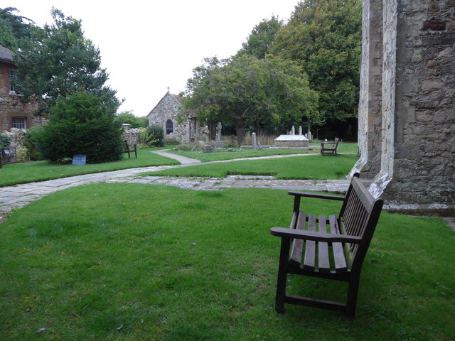 All Saints, Freshwater: churchyard (16)