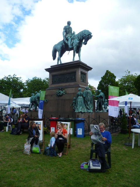 Book Festival-goers, Charlotte Square