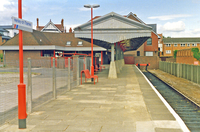 Henley-on-Thames station, 1993