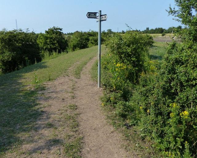 Fingerpost along the Macmillan Way footpath