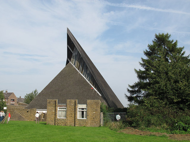 Holy Trinity, Twydall: south side