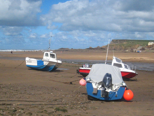 Boats at Bude Haven at low tide