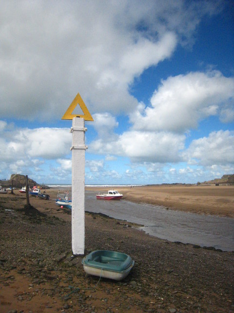 Channel marker at Bude Haven