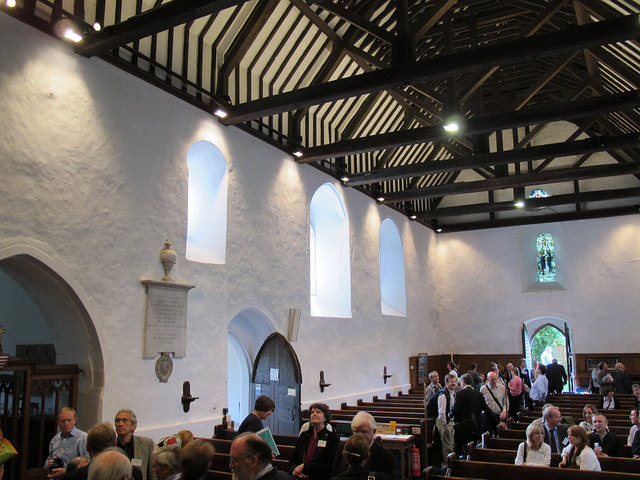 St Martin of Tours, Chelsfield: nave