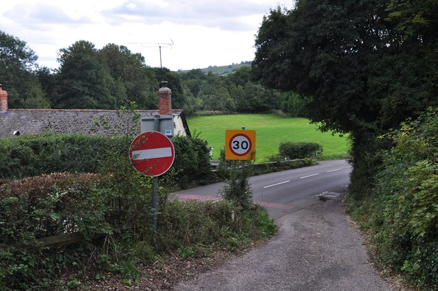 Mid Devon : Small Road