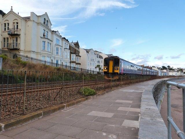 Train to Penzance passing through Dawlish