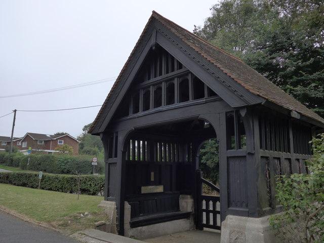 Christ Church, Totland: lych gate