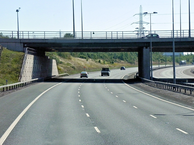 M6 Toll, Junction T7 (A34)