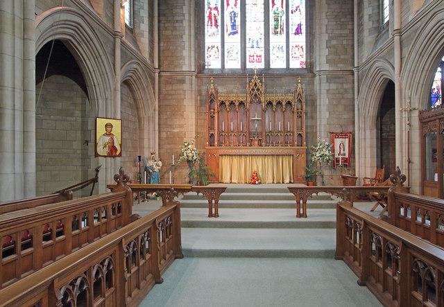 St Stephen, Bush Hill Park - Chancel