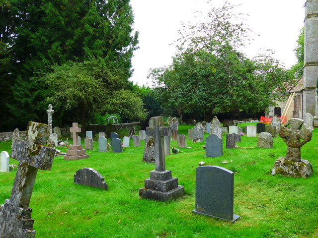 St Olave, Gatcombe: churchyard (3)