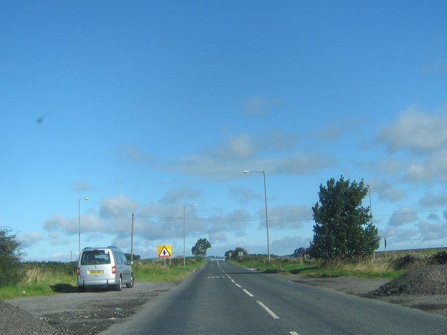 The B6301 nearing crossroads on Clickemin Hill